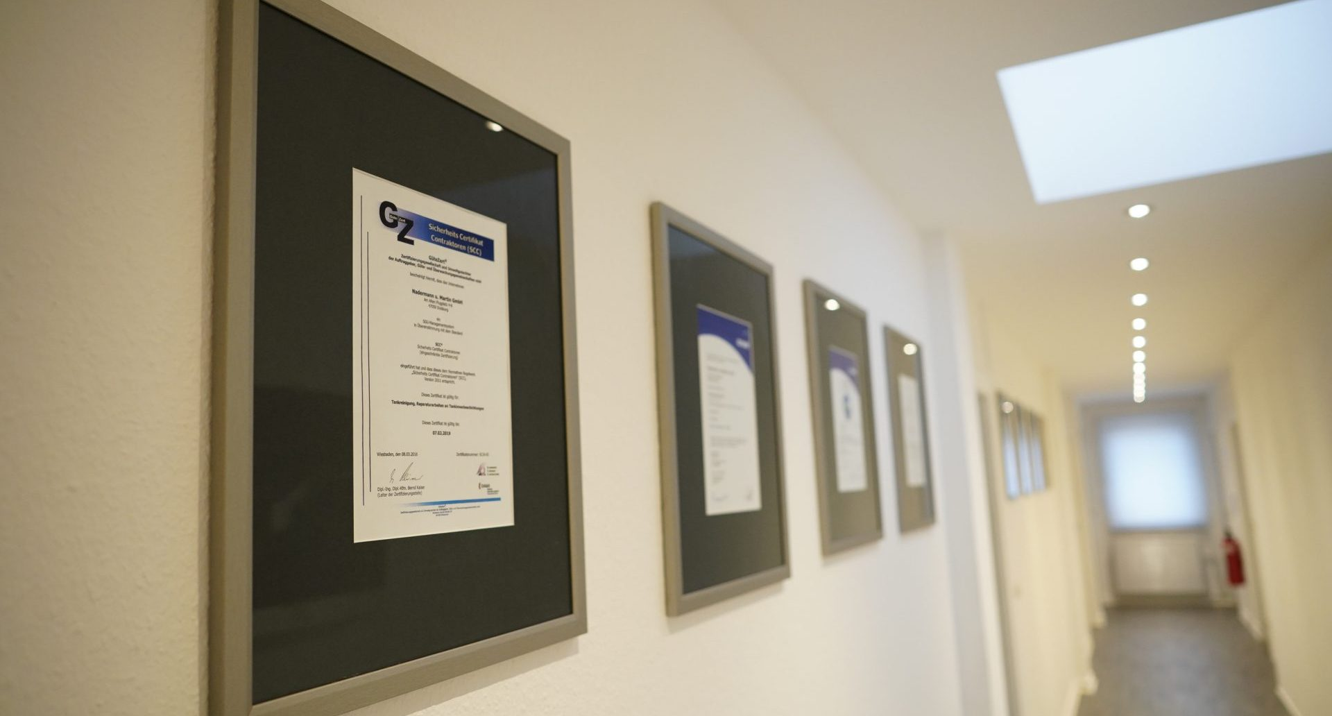 Zertifikate Nadermann und Martin GmbH